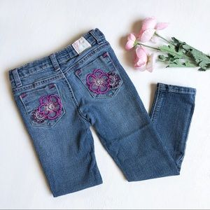 Free Planet floral embroidery jeans girls sz 6